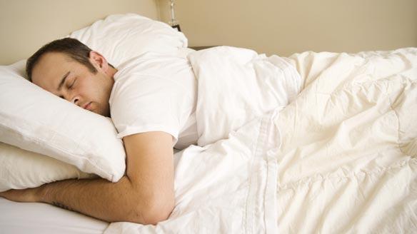 مواد غذایی مفید و مضر برای خواب-www.tudartu.ir