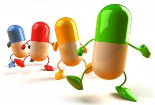 استاد دانشگاه علوم پزشکی شهید بهشتی گفت : جوامع پزشکی در دنیا به والدین توصیه می کنند از مصرف خودسرانه آنتی بیوتیک ها در کودکان خودداری کنند.